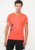 adidas Performance - Run it tee - solar red