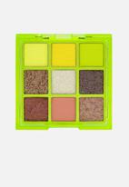 W7 Cosmetics - Vivid Eyeshadow Palette - Glowin' Green