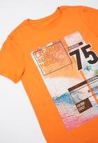 Rebel Republic - Teens printed tee - orange