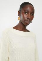 Jacqueline de Yong - Tonic long sleeve boatneck pullover knit - cream