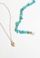 Superbalist - Beaded cowrie layered necklace - blue & gold