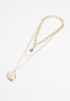 Superbalist - Layered shell pendant necklace - gold