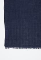 Superbalist - Bouvardia light weight scarf - navy