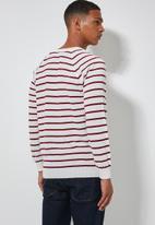 Superbalist - Nautical stripe crew neck knit - white & red
