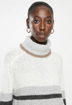 Jacqueline de Yong - Cordelia long sleeve Hi-neck pullover knit - multi