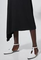 Superbalist - Asymmetric funnel neck dress - black
