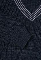 Superbalist - Chunky textured deep V-neck knit - navy