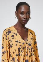 Superbalist - V-neck swing dress - mustard floral