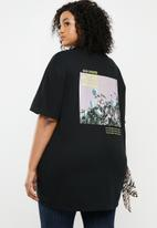 Missguided - Plus bad choices back graphic T-shirt - black