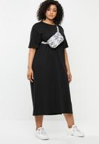 Missguided - Curve basic midi T-shirt dress - black