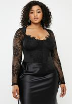 Missguided - Plus lace long sleeve cupped bodysuit - black