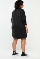 Missguided - Plus size oversized sweater dress - black