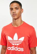 adidas Originals - Trefoil tee - red