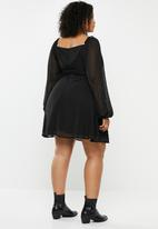 Missguided - Curve dobby milkmaid long sleeve aline dress - black