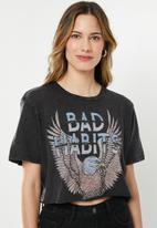 Factorie - Short sleeve raw edge crop T-shirt bad habits - black