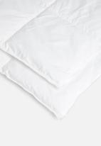 Sheraton Textiles - Sheradown synthetic feather & 100% cotton duvet inner