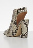 Call It Spring - Alexadra heel - beige