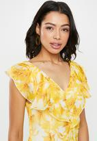 Cotton On - Woven paris ruffle mini dress - yellow & white
