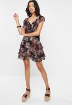 Cotton On - Woven paris ruffle mini dress - black & pink