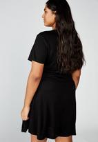 Cotton On - Curve Sasha short sleeve wrap dress - black