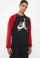 Nike - Jumpman classics fleece crew sweater - black & red