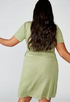 Cotton On - Curve Sasha short sleeve wrap dress - khaki