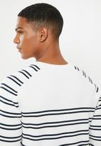 Selected Homme - Steve stripe crew sweater - white & navy