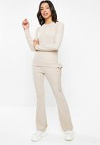 Missguided - Rib side tie flared leg lounge set - beige