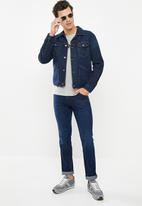 Wrangler - Icon slim fit jeans - blue