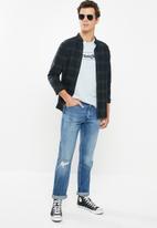 Wrangler - Western slim fit jeans - blue