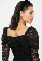 Missguided - Lace ruched front milkmaid top - black