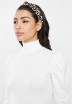 Missguided - Rib high neck puff sleeve top - cream