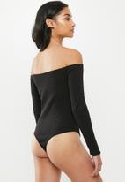 Missguided - Petite button front rib bodysuit - black