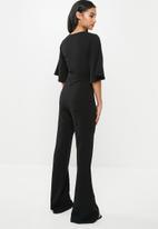 Missguided - Petite kimono sleeve jumpsuit - black