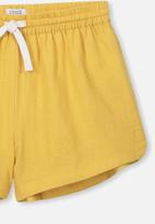 Free by Cotton On - Willow woven short - yellow