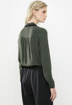 Vero Moda - Fran long sleeve shirt - green