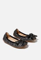 Cotton On - Primo ballet flat - metallic black bow