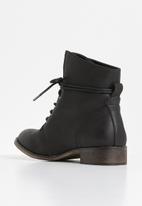 Miss Black - Bonbon boot - black