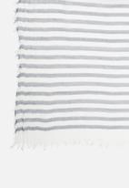 edit - Striped scarf - blue & white