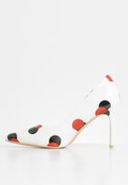 Miss Black - Alipa heel - red