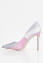 Miss Black - Threedee court - pink & blue