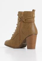 Miss Black - Ahlam 2 boot - tan