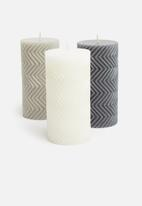 H&S - Prismatic candle - white