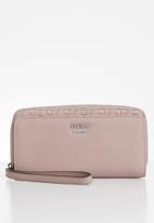 GUESS - Churchill multi zip purse - mauve