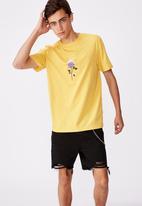 Factorie - Flame rose regular graphic T-shirt - yellow