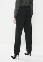 Vero Moda - Jazz straight pants - black