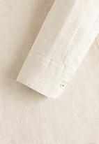 MANGO - Avispe shirts - stone