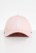 New Era - NewYork yankees  - pink & white