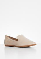 ALDO - Unyviel leather loafer - pink