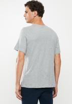 Nike - Nike sportswear just do it short sleeve tee - grey